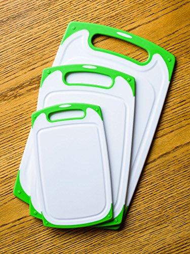 Dutis 3 Piece Dishwasher Safe Plastic Cutting Board Set